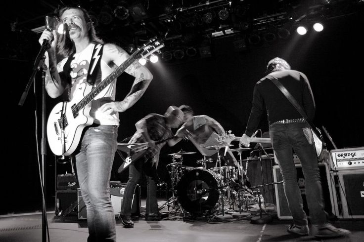 1024px-Eagles_of_Death_Metal_on_stage_at_the_Commodore_Ballroom_July_20th_2009